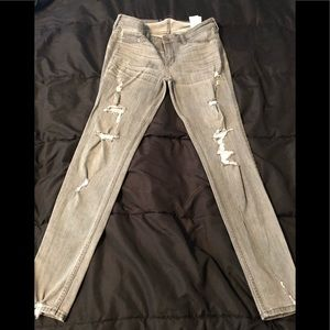 Hollister Super Skinny Low Rise Destroyed Gray